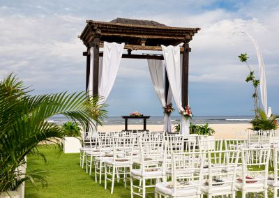 12-BOTANICA BEACH WEDDING